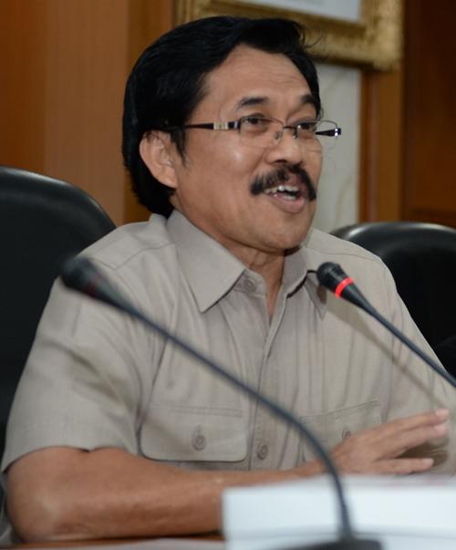 http://agroindonesia.co.id/wp-content/uploads/2015/10/bambang-soepi.jpg