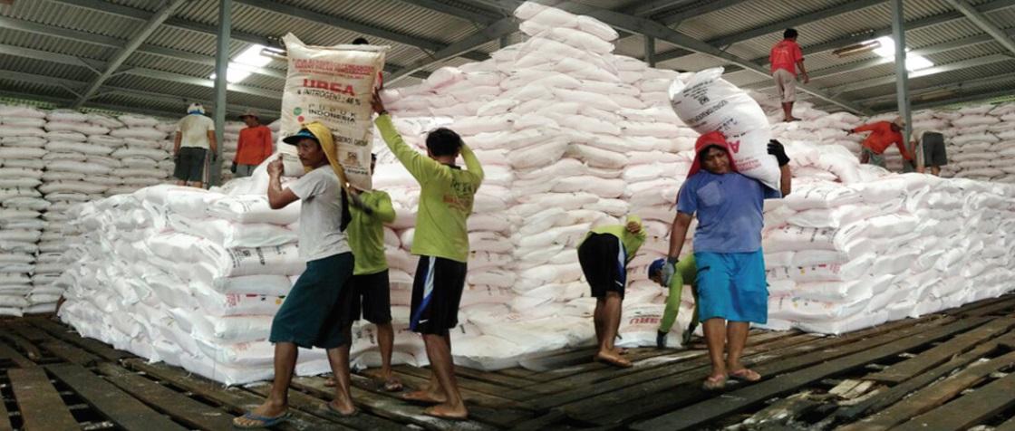 Mentan Pupuk Subsidi Hanya Tersedia Di Pengecer Resmi Agroindonesia